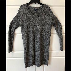 Gap Cotton long V-neck sweater S